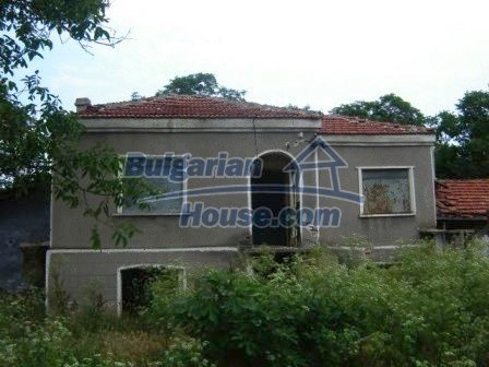 8838:1 - Old house in Bulgaria that need renovation