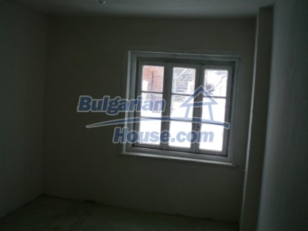 8853:4 - Cheap House in Bulgaria for sale