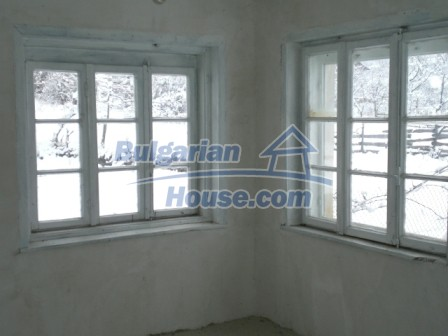 8853:5 - Cheap House in Bulgaria for sale