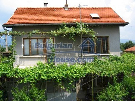 8856:1 - Lovely Bulgarian house near Kazanlak and Pavel Banya