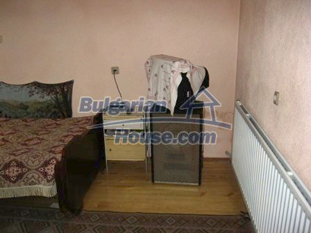 8856:11 - Lovely Bulgarian house near Kazanlak and Pavel Banya