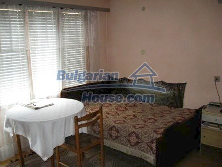 8856:12 - Lovely Bulgarian house near Kazanlak and Pavel Banya