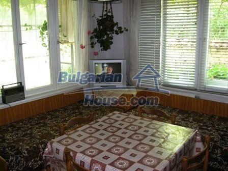 8856:13 - Lovely Bulgarian house near Kazanlak and Pavel Banya