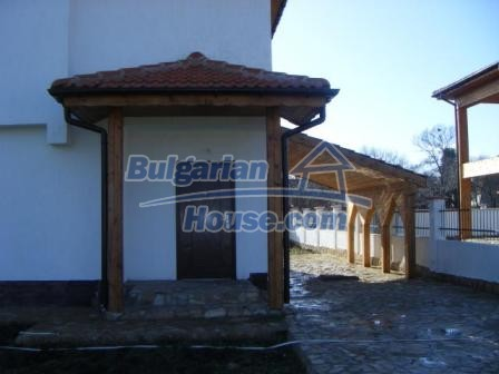 8874:8 - Bulgarian house 7km away from the sea