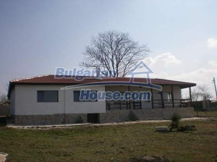 8883:2 - Bulgarian house near the sea with huge garden