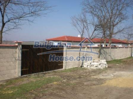 8883:5 - Bulgarian house near the sea with huge garden