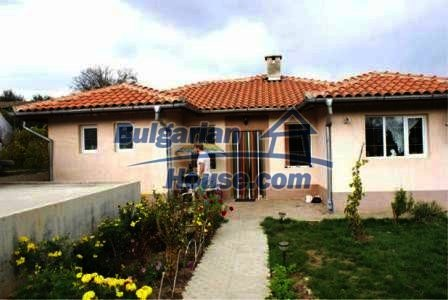 8937:4 - Newly built Bulgarian house