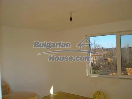 5609:11 - House presented in a good condition and bulgarian property in Ya