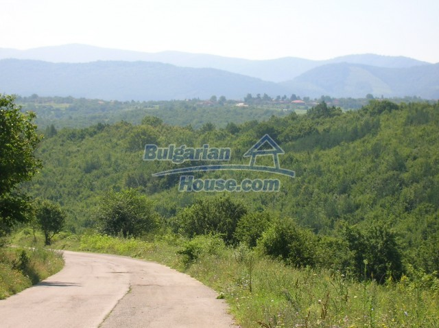 8979:1 - Big plot of bulgarian land for sale