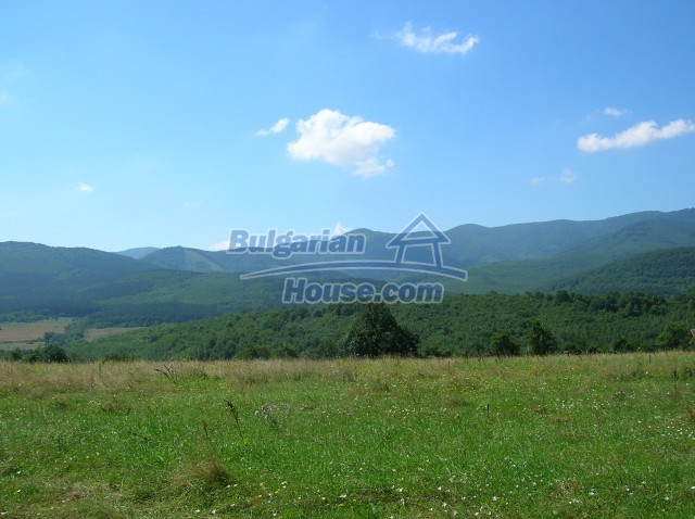 8979:9 - Big plot of bulgarian land for sale