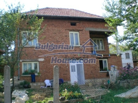 8997:2 - A two storey brick built bulgarian house in a village close to B
