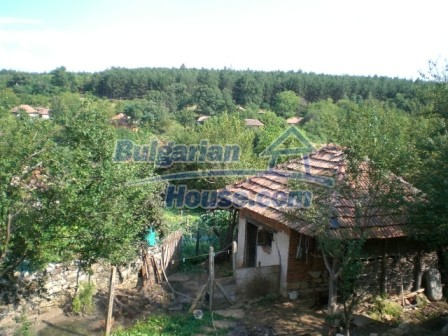 8997:15 - A two storey brick built bulgarian house in a village close to B
