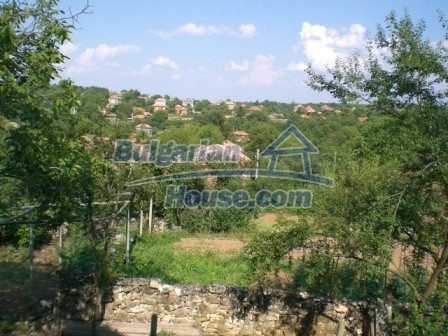 8997:16 - A two storey brick built bulgarian house in a village close to B