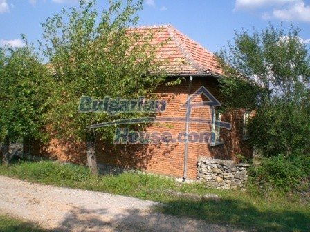 8997:3 - A two storey brick built bulgarian house in a village close to B
