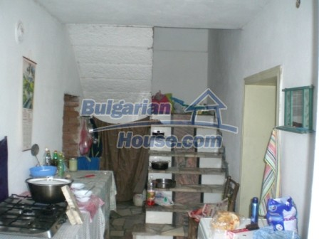 8997:8 - A two storey brick built bulgarian house in a village close to B