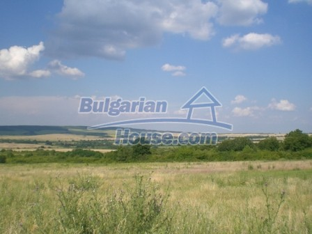 8997:23 - A two storey brick built bulgarian house in a village close to B