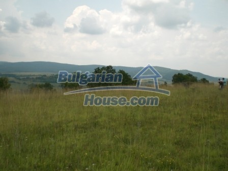 9006:4 - Cheap Bulgarian land near Lovech for sale