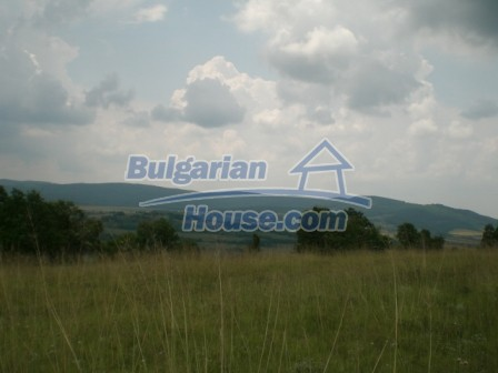9006:7 - Cheap Bulgarian land near Lovech for sale