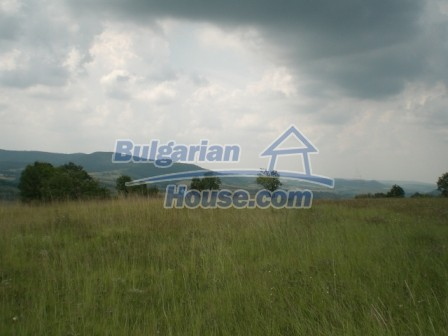9006:11 - Cheap Bulgarian land near Lovech for sale