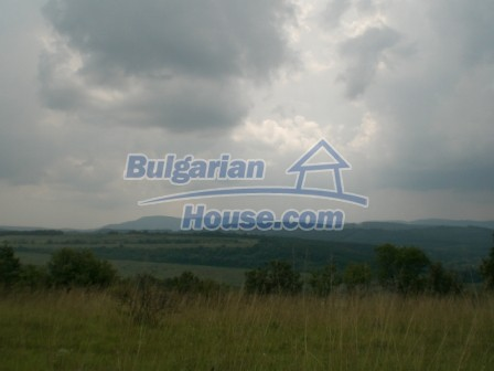 9006:10 - Cheap Bulgarian land near Lovech for sale