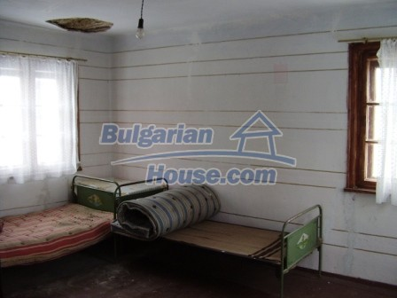 9012:9 - Bulgarian house in rural countryside for sale