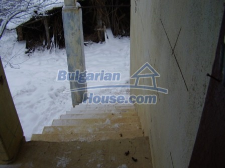 9012:13 - Bulgarian house in rural countryside for sale