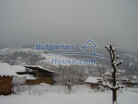 9012:15 - Bulgarian house in rural countryside for sale