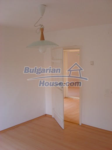9030:18 - Lovely bulgarian country house near danube river