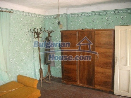 9033:11 - Rural Bulgarian house with spacious garden of 2800sq.m
