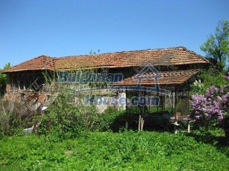 9033:4 - Rural Bulgarian house with spacious garden of 2800sq.m