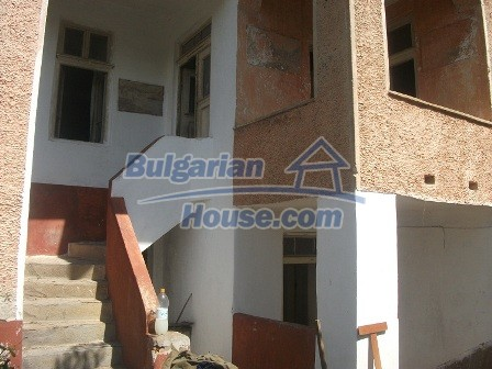 9033:7 - Rural Bulgarian house with spacious garden of 2800sq.m