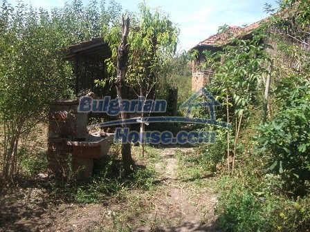 9033:8 - Rural Bulgarian house with spacious garden of 2800sq.m