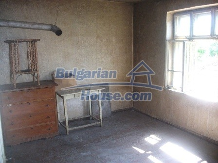 9033:9 - Rural Bulgarian house with spacious garden of 2800sq.m
