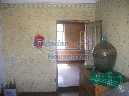 9033:13 - Rural Bulgarian house with spacious garden of 2800sq.m