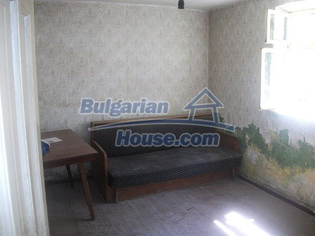 9033:15 - Rural Bulgarian house with spacious garden of 2800sq.m