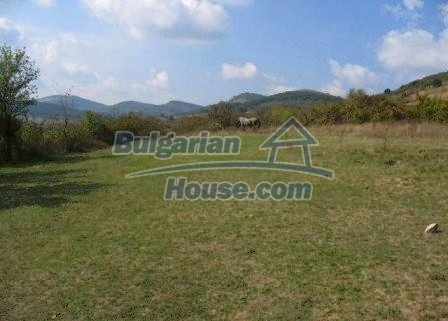 9039:4 - Plot of bulgarian land suitable for building near Mezdra