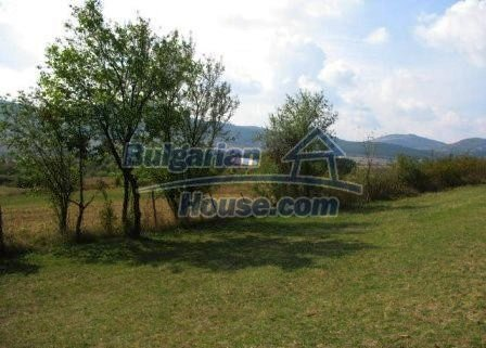 9039:5 - Plot of bulgarian land suitable for building near Mezdra