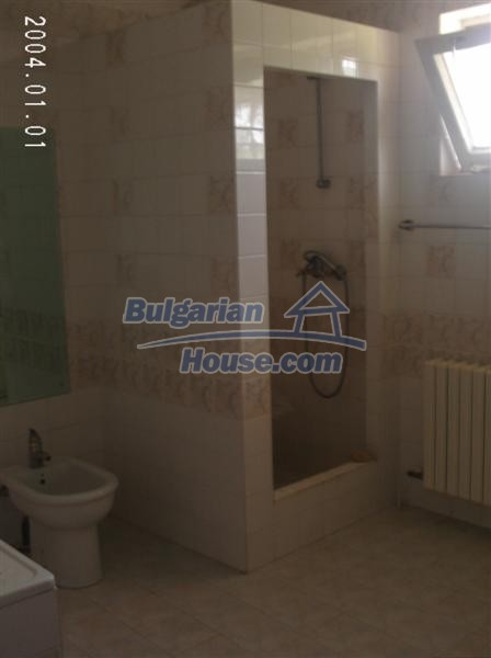 9051:15 - Two storey bulgarian house with tennic court