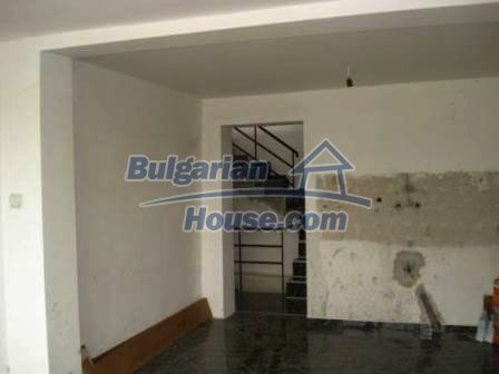 9114:3 - House in Bulgaria for sale near Elhovo town
