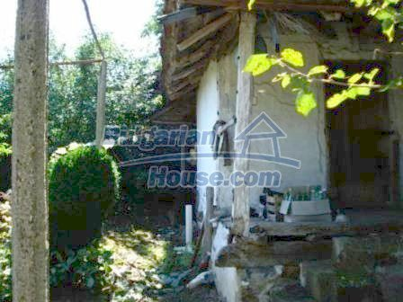 9129:19 - Bulgarian house for sale with huge garden