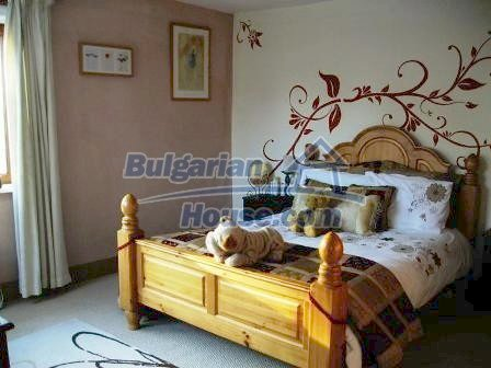 9159:13 - A very modern detached bulgarian house in the popular town of Ge