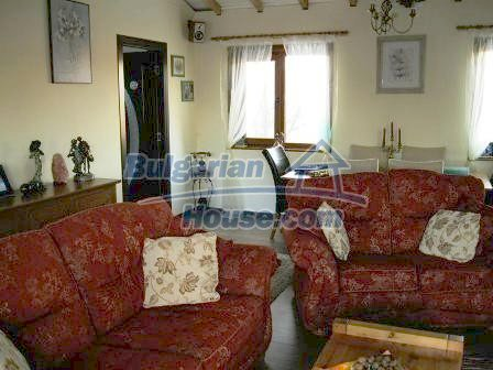 9159:17 - A very modern detached bulgarian house in the popular town of Ge