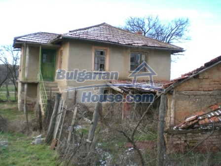 9195:2 - Cheap Bulgarian House for sale near Elhovo
