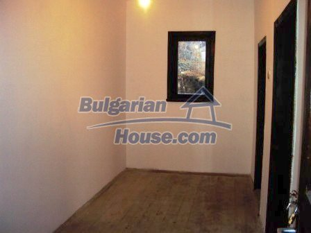 9198:15 - Cozy Bulgarian house for sale only 15km away from Elhovo