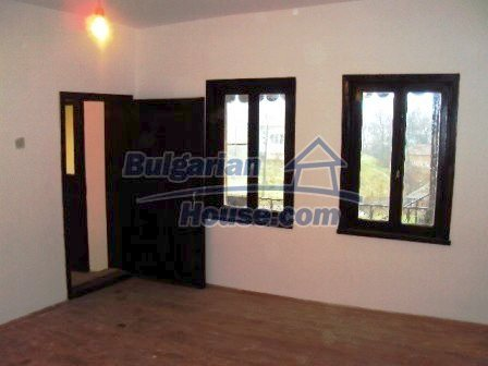 9198:17 - Cozy Bulgarian house for sale only 15km away from Elhovo