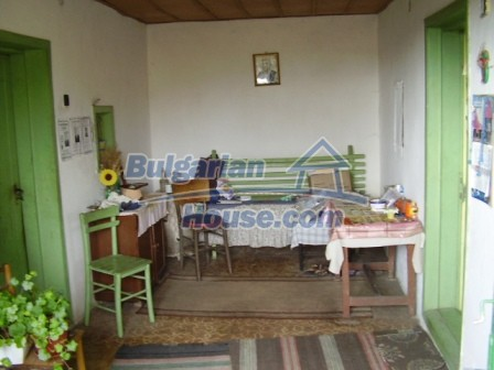 9210:12 - BARGAIN  House for sale in Bulgaria, near Targovishte