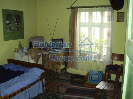 9210:15 - BARGAIN  House for sale in Bulgaria, near Targovishte