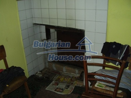 9210:16 - BARGAIN  House for sale in Bulgaria, near Targovishte