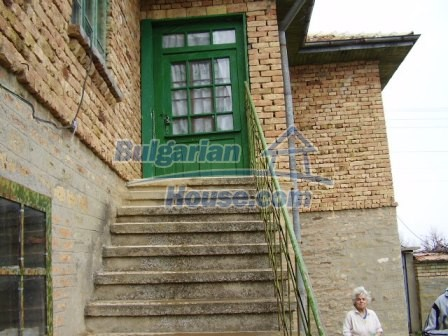 9210:19 - BARGAIN  House for sale in Bulgaria, near Targovishte