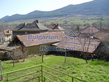 9249:18 - Lavish Bulgarian house for sale near Vratsa with beautiful mount